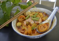 MEE CURRY-006